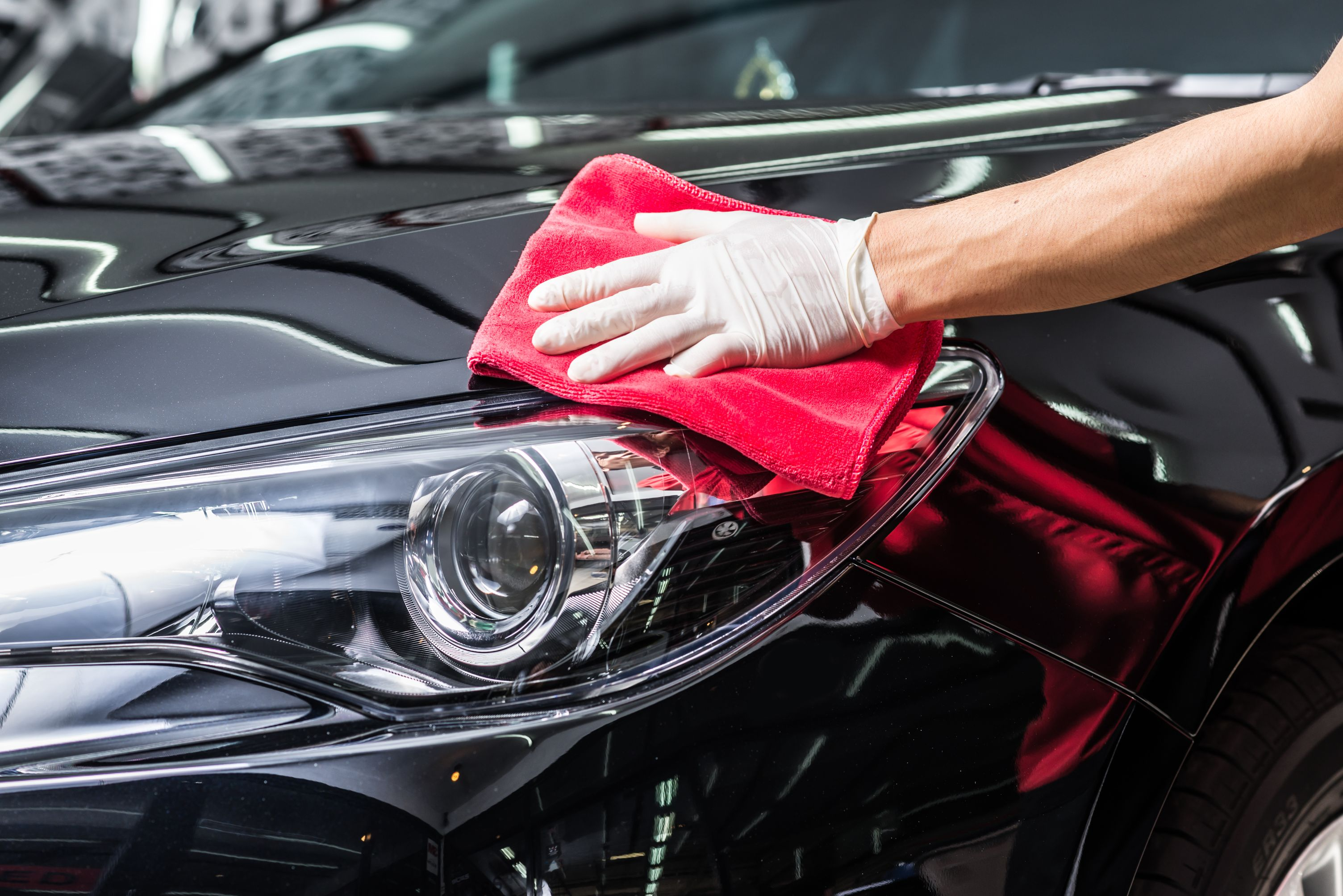 15 Cleaning secrets only car detailers know | SmartGuy