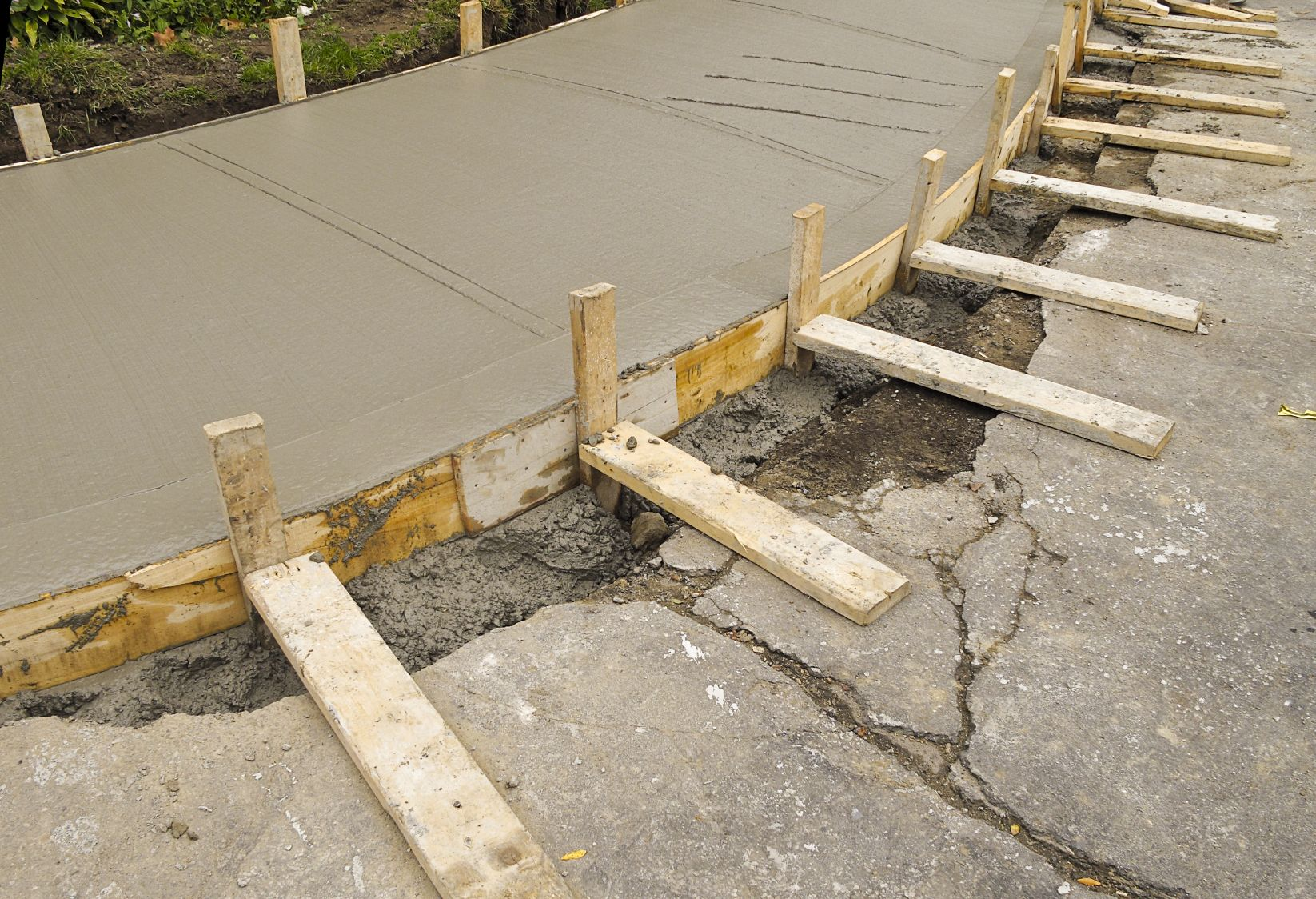 Concrete Construction Forms & Accessories