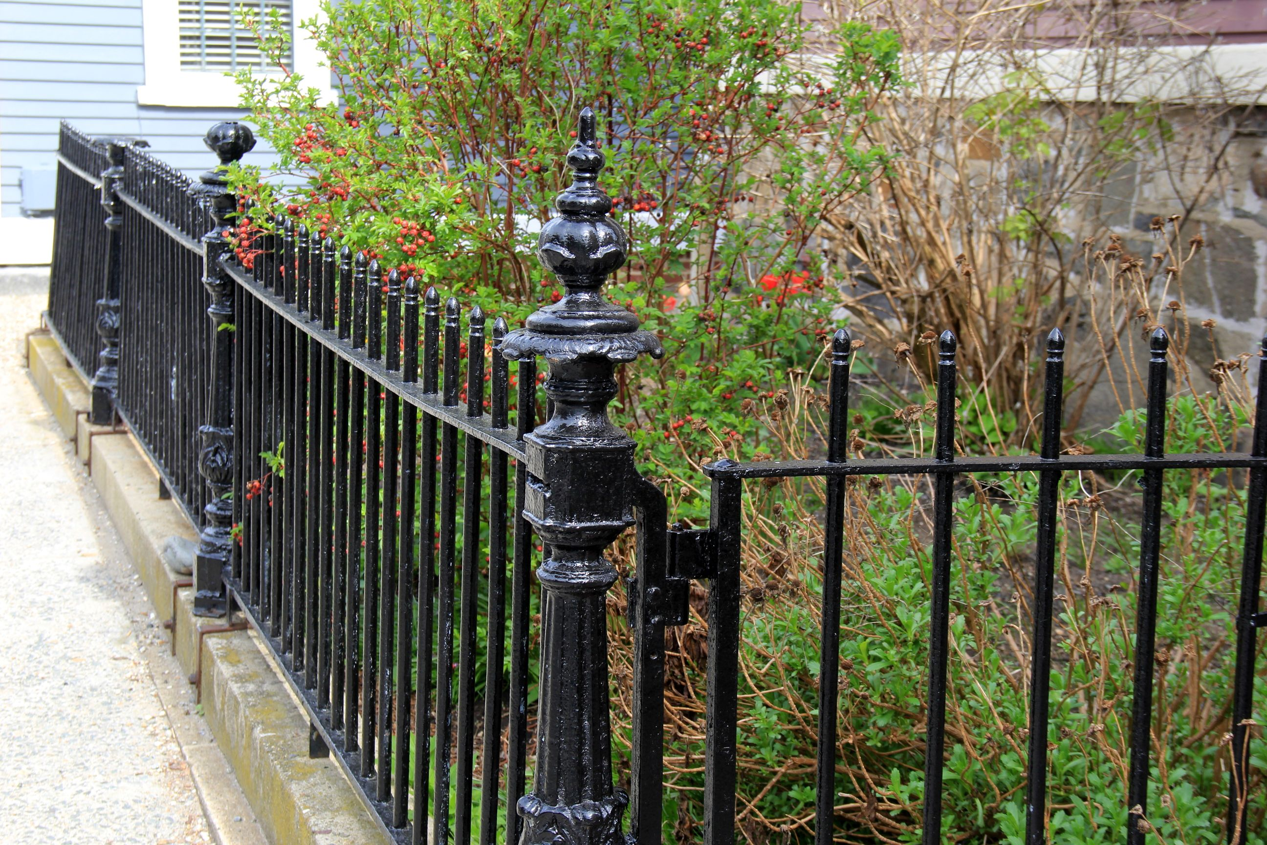 How to Determine Fencing Types And Costs To Meet Your ...
