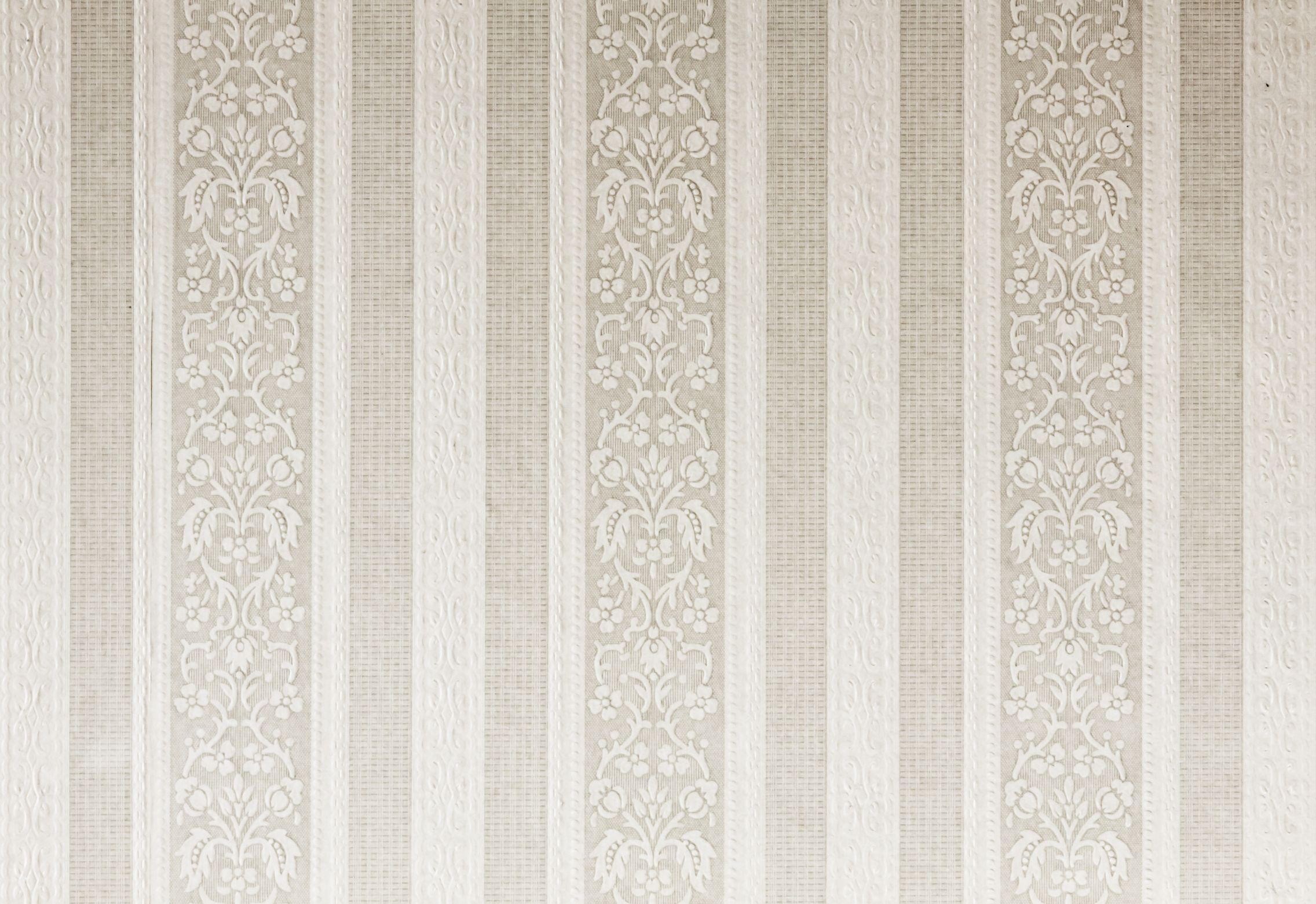 Const - Wallpaper