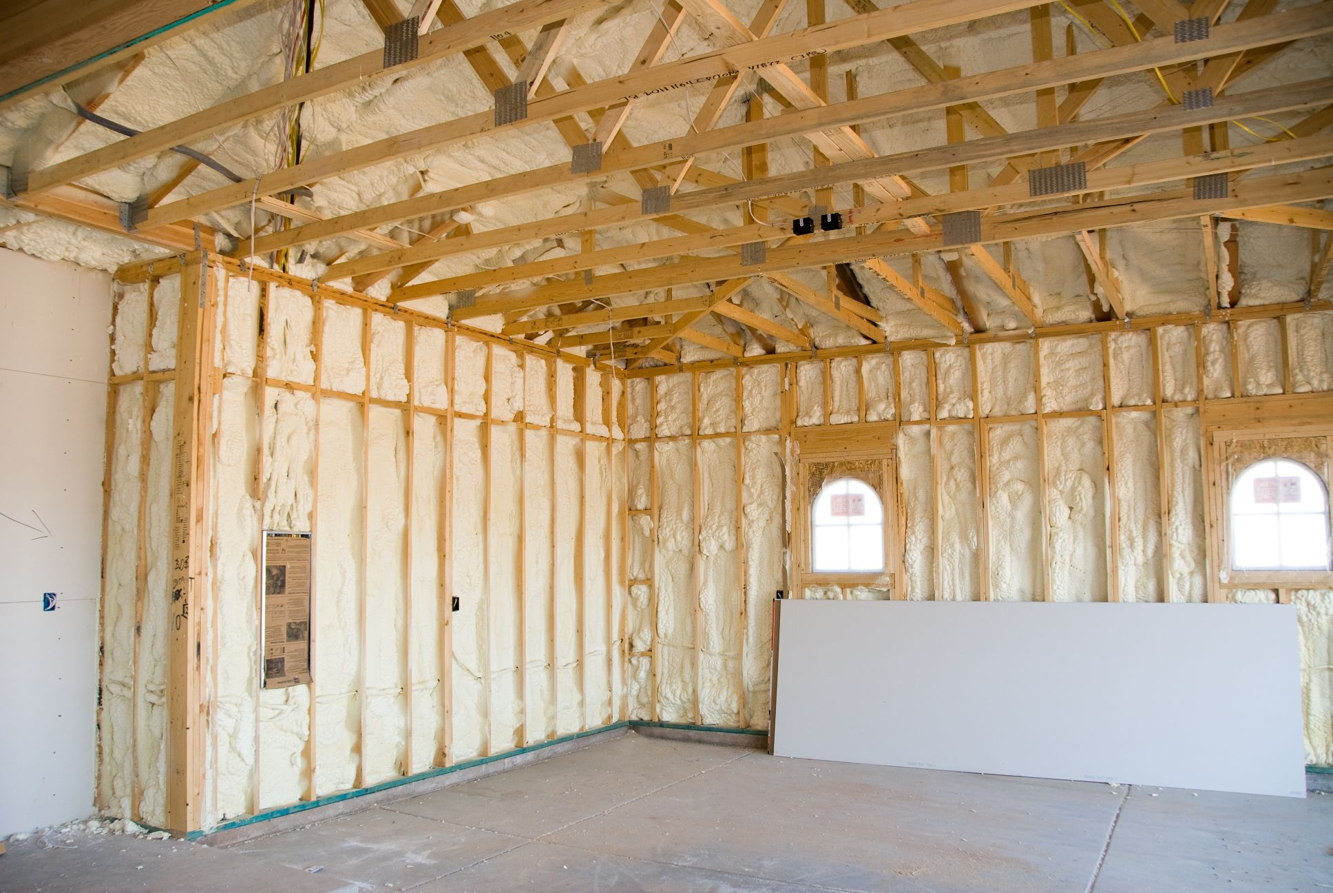 Contractor - Roofing Spray Foam Insulation