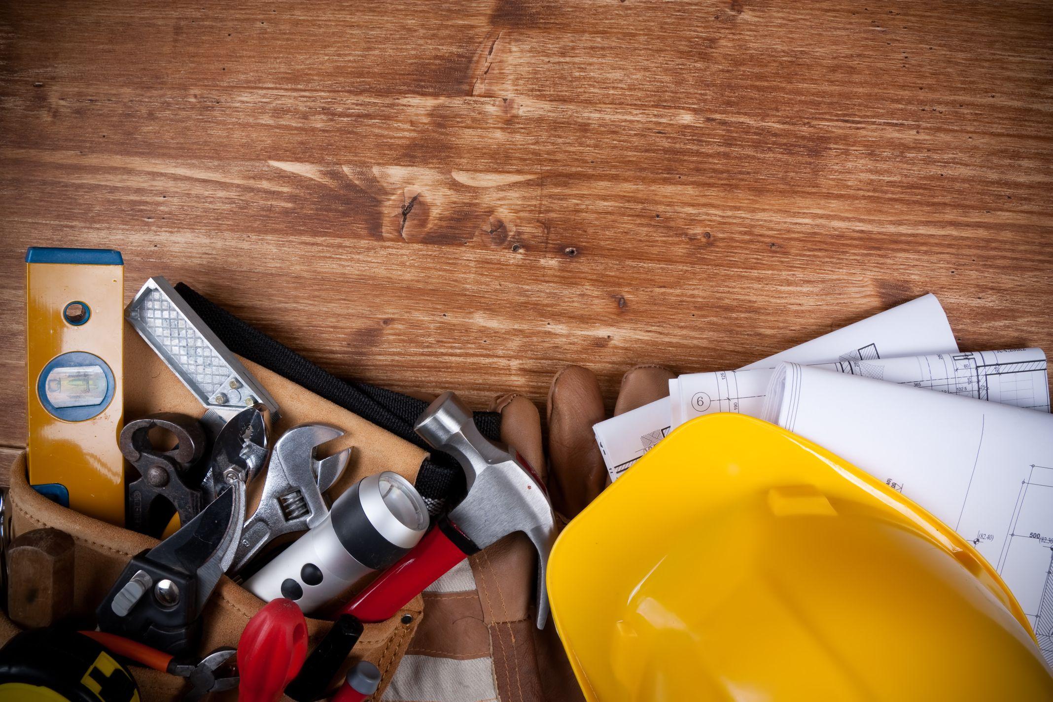 Contractors Equipment & Supplies - Dealers & Services