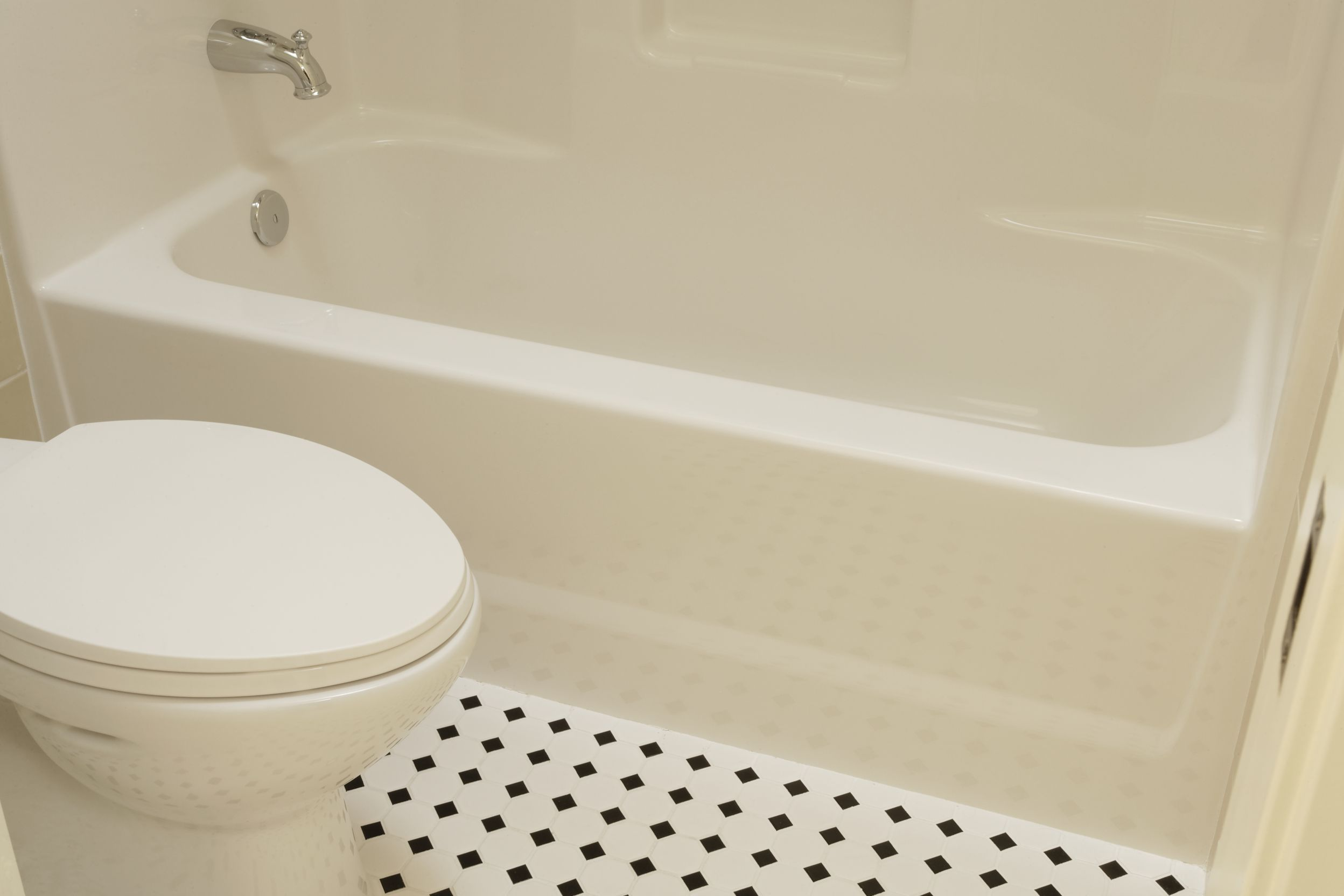 Fiberglass - Bathtubs & Showers