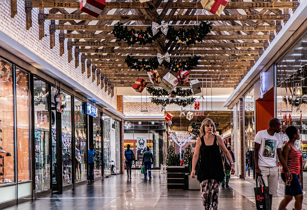 commercial-real-estate-shopping-centers