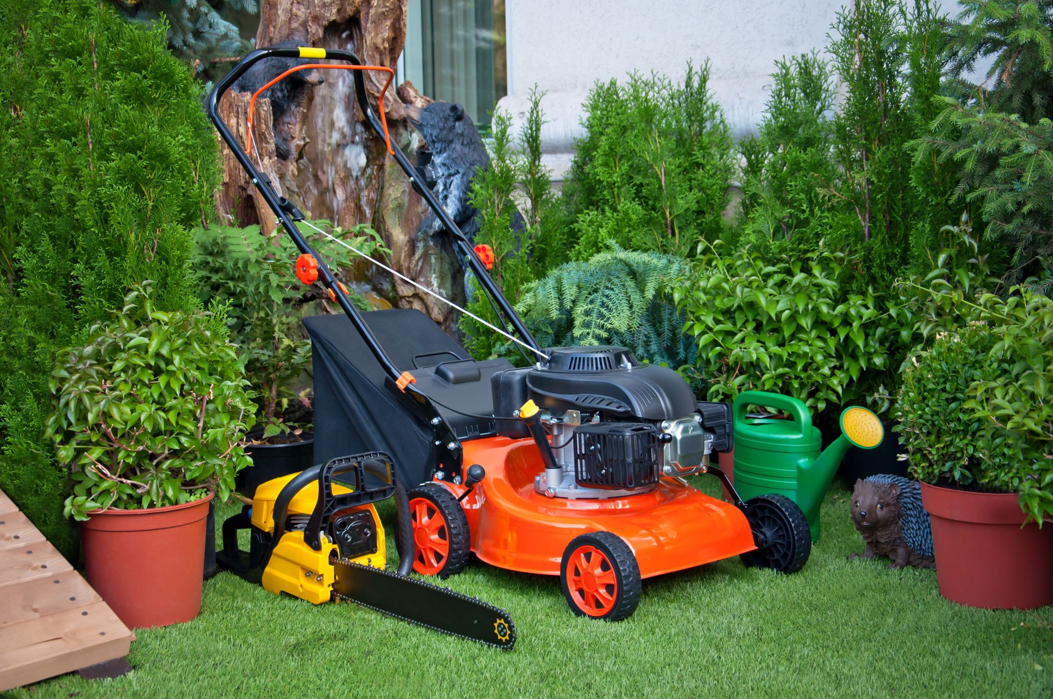 Lawn & Garden Equipment & Supplies