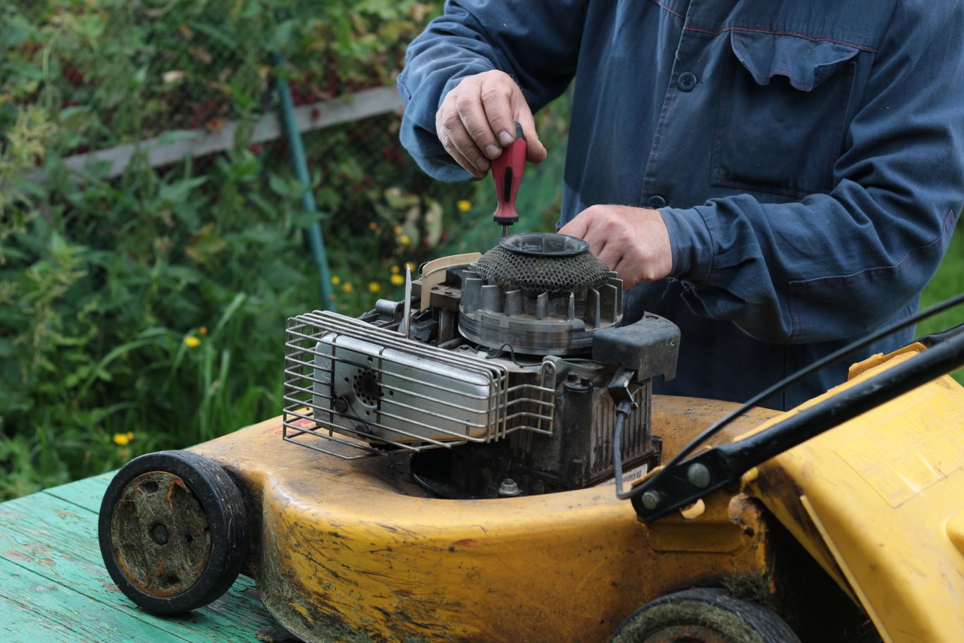 Lawn Mowers - Sharpen & Repair