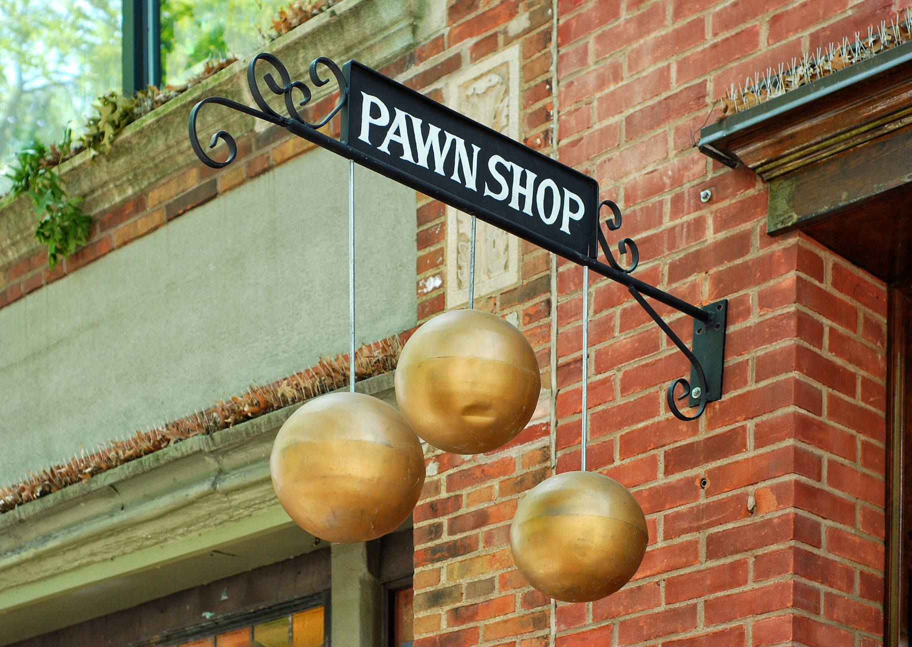 Finding the Best Pawn Shops Near Me Where to Go | SmartGuy