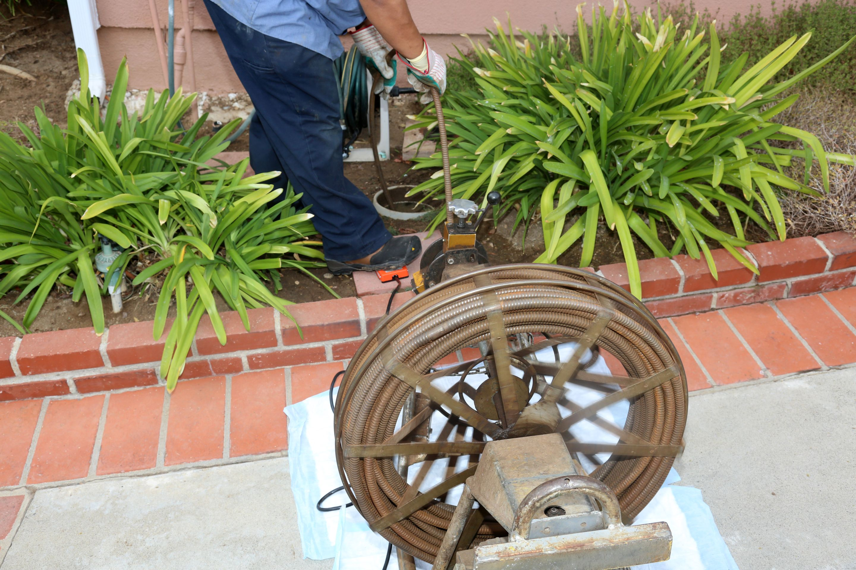 Plumbing Drains & Sewer Cleaning