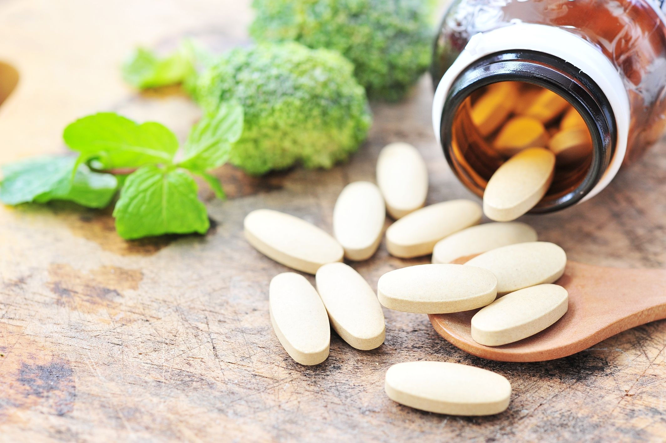 Vitamins & Food Supplements