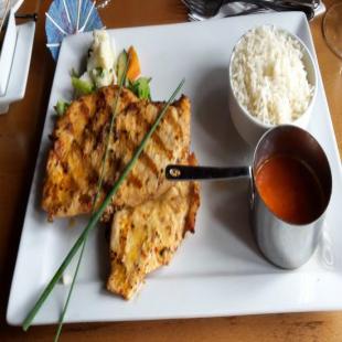 a-la-turka-restaurant-iya