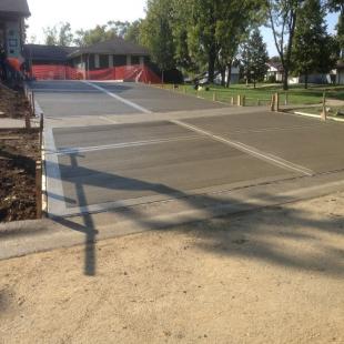 concrete-driveway-contrac