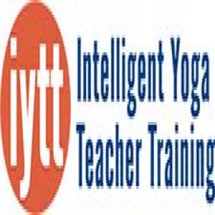 intelligent-yoga-teacher