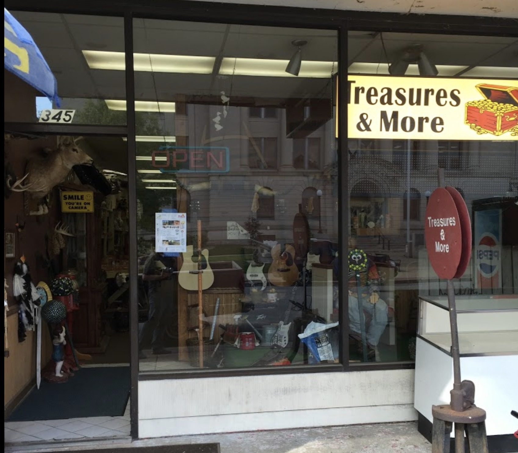 best-antiques-dealers-peoria-il-usa